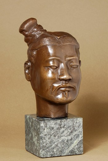 ELEGANT BRONZE BUST OF THE SAMURAI