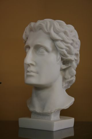 SOPHISTICATED ALEXANDER THE GREAT BUST SCULPTURE STATUE