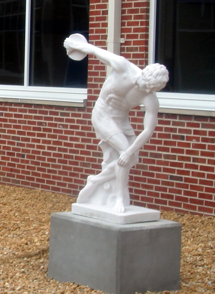 STUNNING OLYMPIAN DISCUS THROWER SCULPTURE STATUE